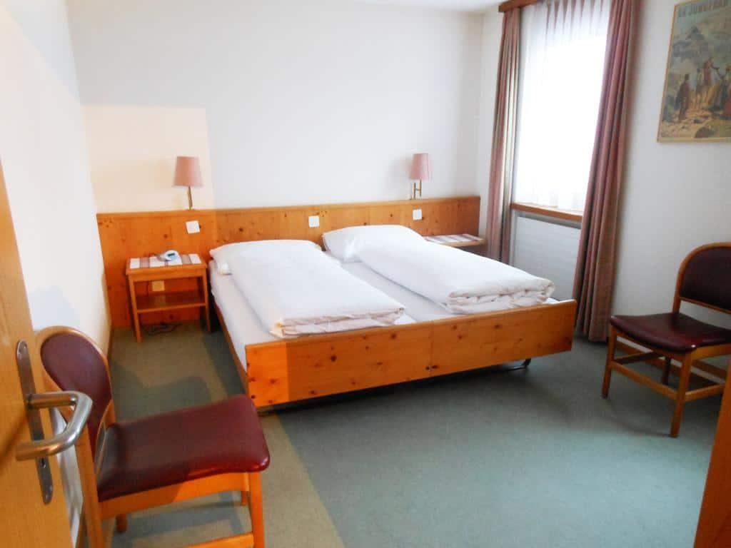 4.فندقآيشيبارك
