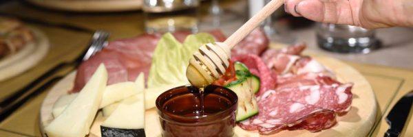 مطعم اوستيريا اي سانتي Osteria I Santi