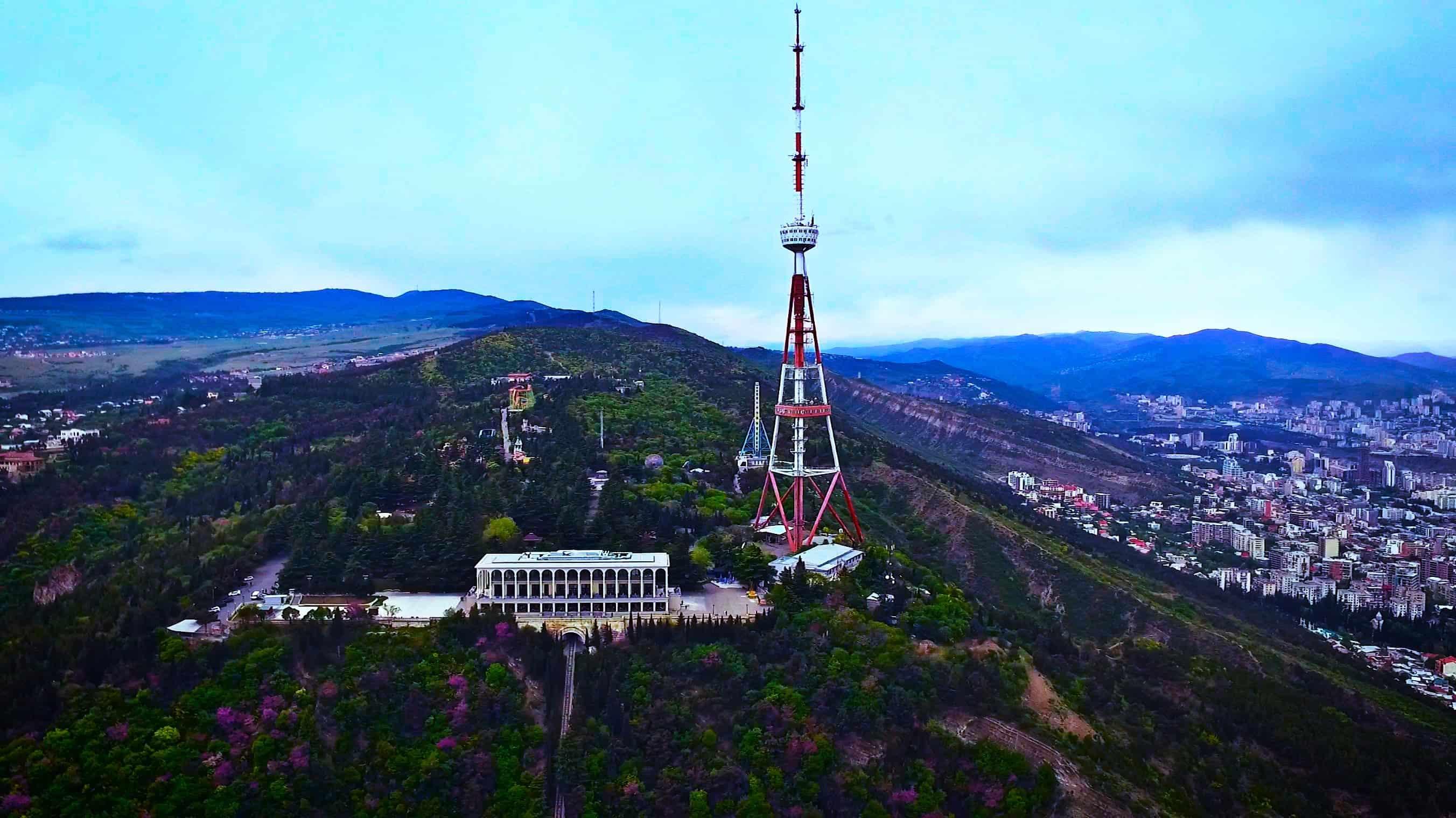جبل متاتسميندا في تبليسي