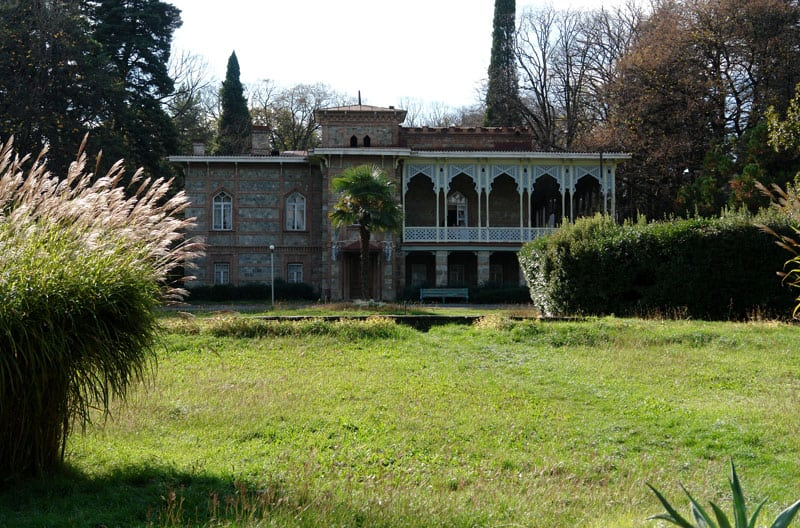 زيارة قصر تسيندالي في تسيندالي