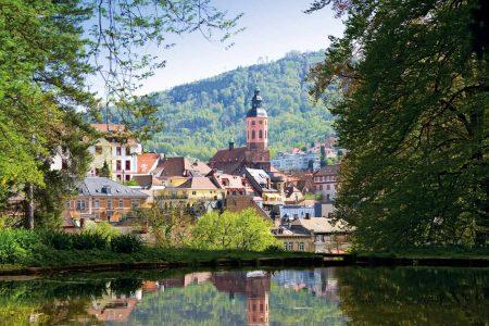 اين تقع بادن بادن والمسافة بينها وبين اهم مدن المانيا