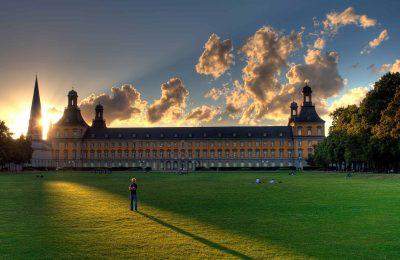 اين تقع بون والمسافة بينها وبين أهم مدن السياحة في المانيا