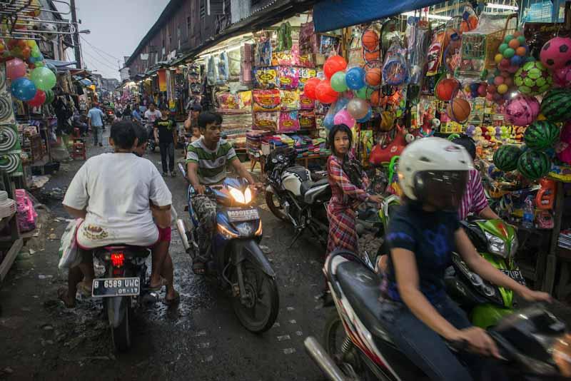زيارة سوق تاناه أبانغ – جاكرتا
