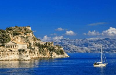 أفضل الجزر السياحية المناسبة لشهر العسل في اليونان
