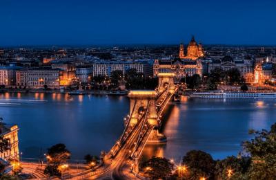 اكبر واضخم دليل سياحي الى بودابست