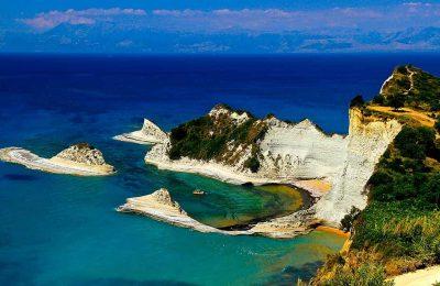 تقرير رحلتي السياحية إلى جزر اليونان