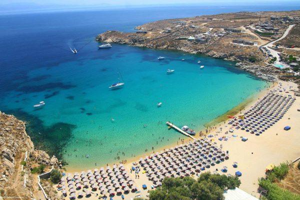 شواطئ جزيرة ميكونوس