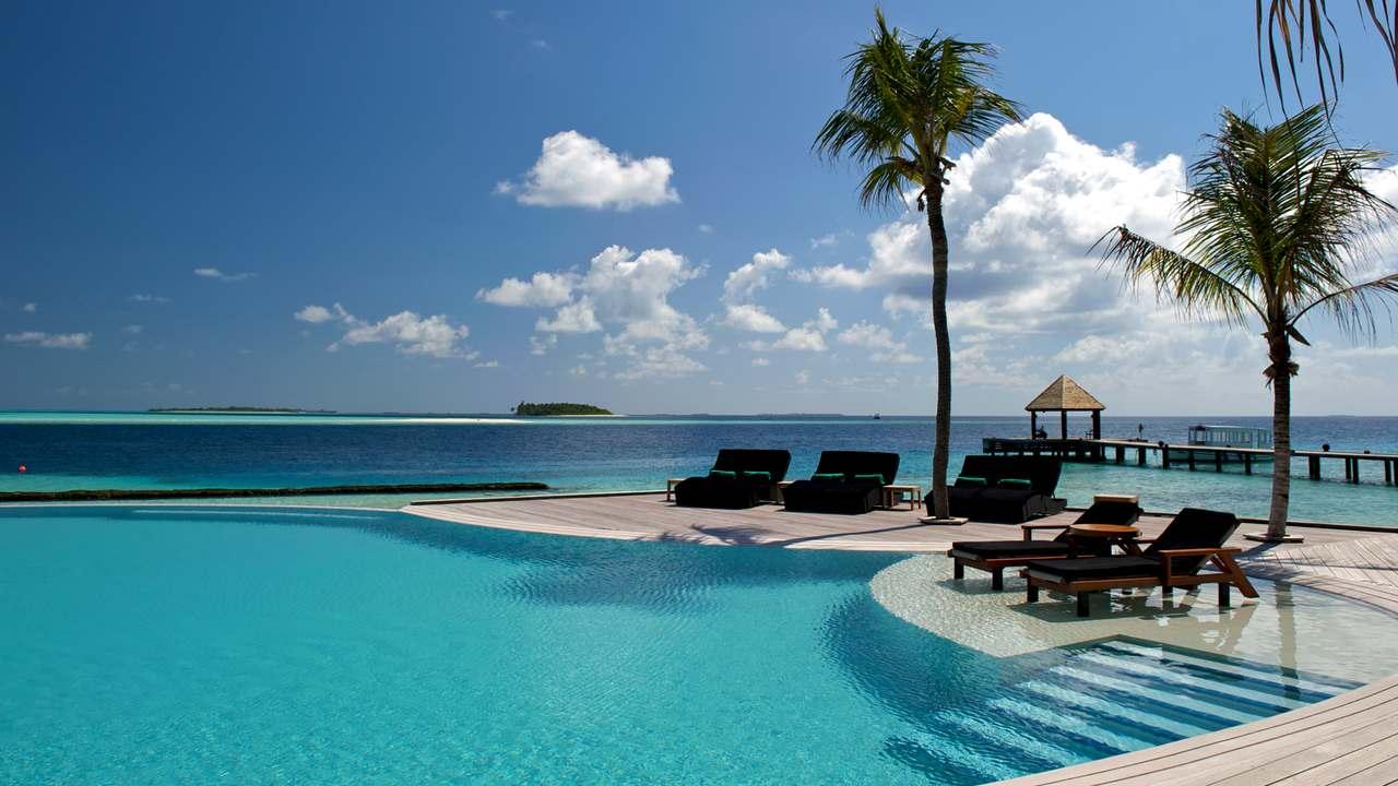 منتجعات جزر المالديف