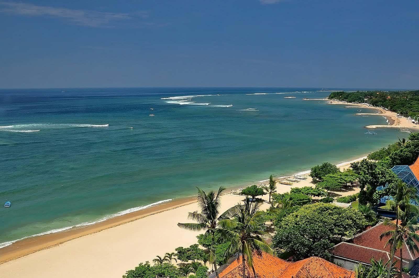 شاطئ كوتا في جزيرة بالي