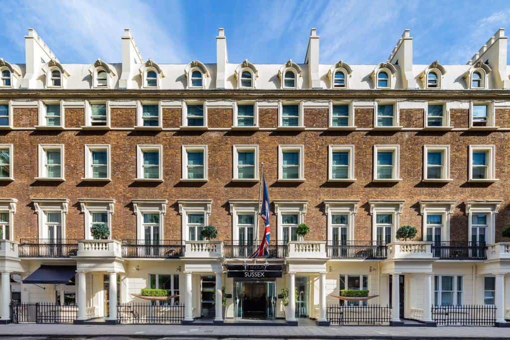 تقرير بالصور عن فندق راديسون بلو ادوارديان لندن