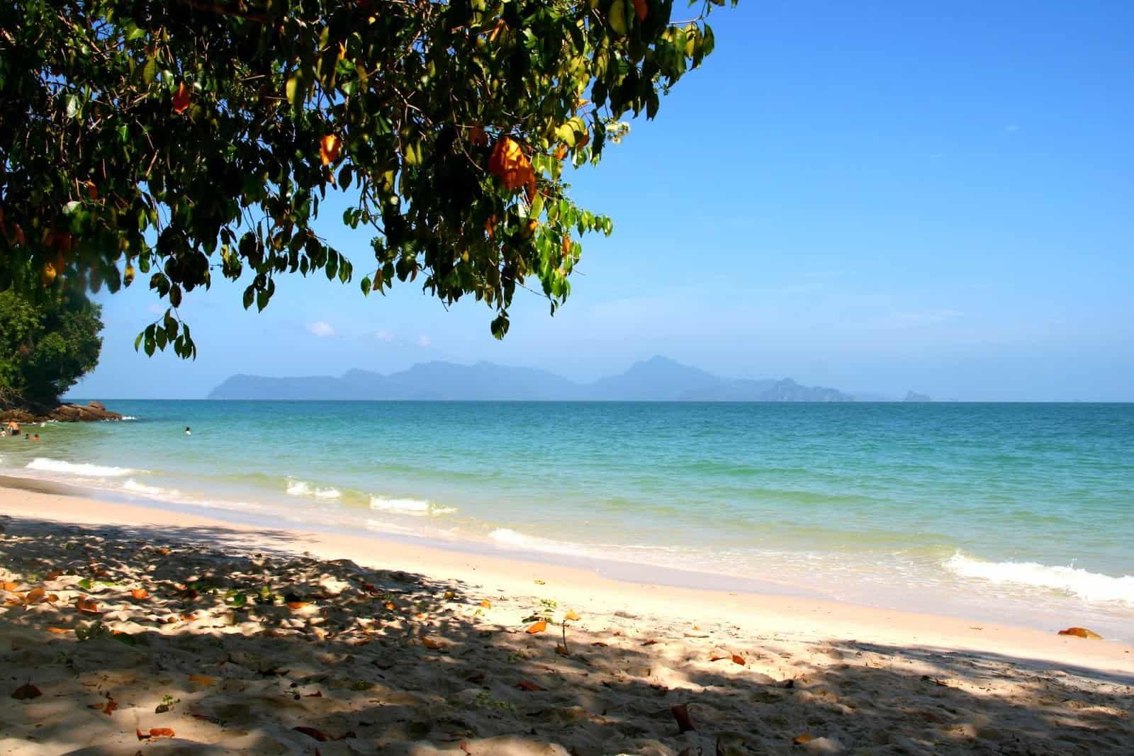زيارة شاطئ باسير تيغكوراك – لنكاوي