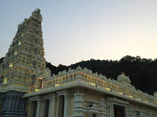 معبد Arulmigu Balathandayuthapani – بينانج