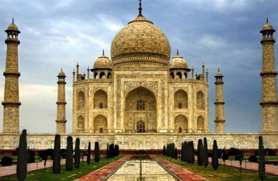 أفضل 3 من مطاعم نيودلهي الهند 2019