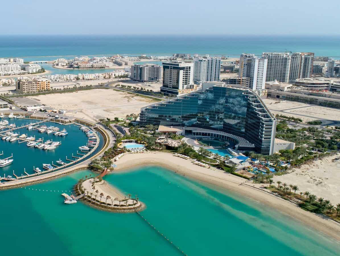 جزيرة أمواج البحرين