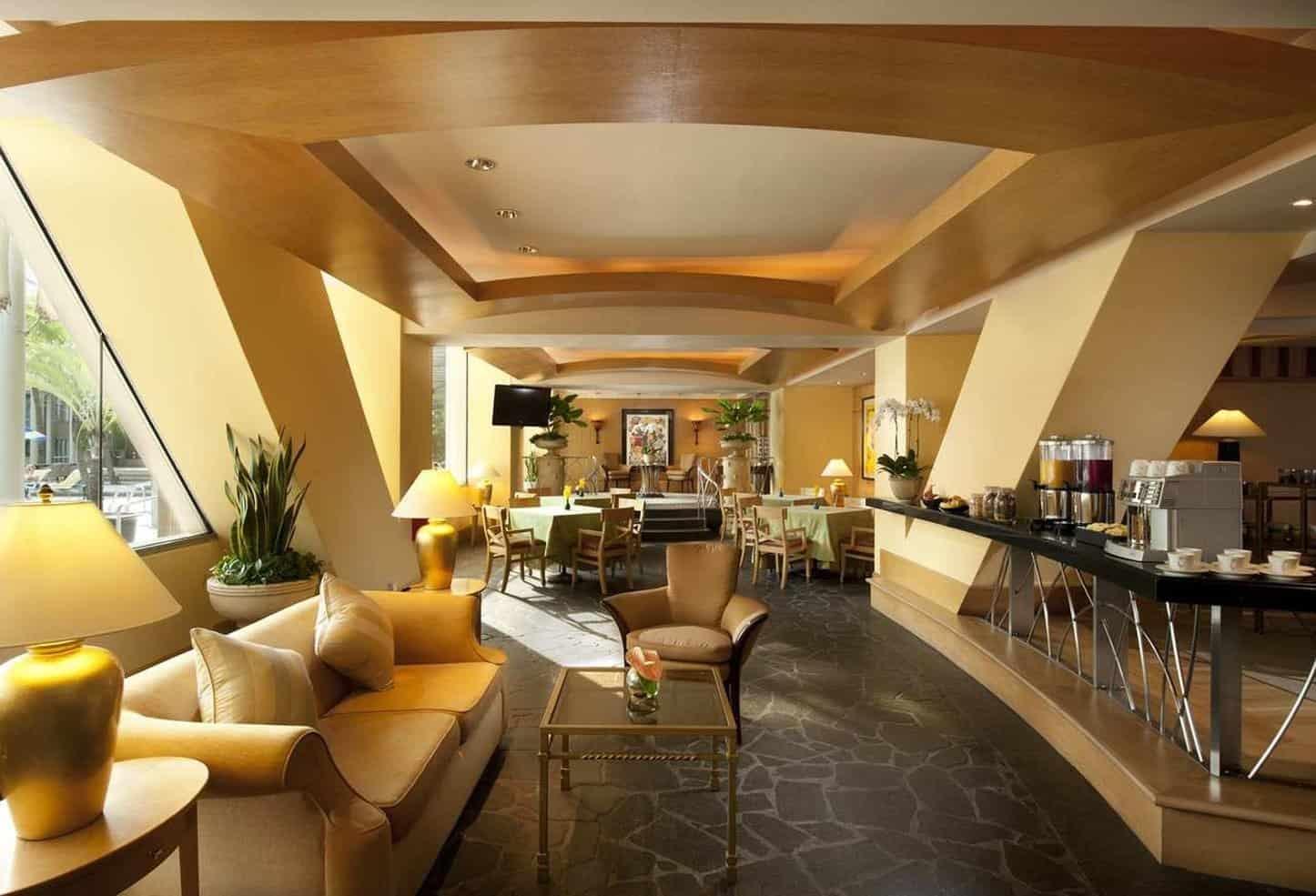 فندق كونراد سينتينيال سنغابور