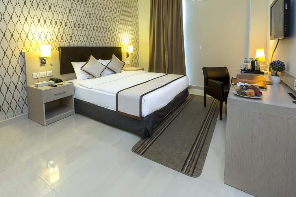 ارخض فنادق الدقم