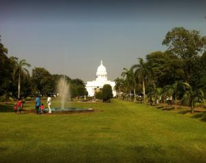 حديقة فيهاراماهاديفي سريلانكا