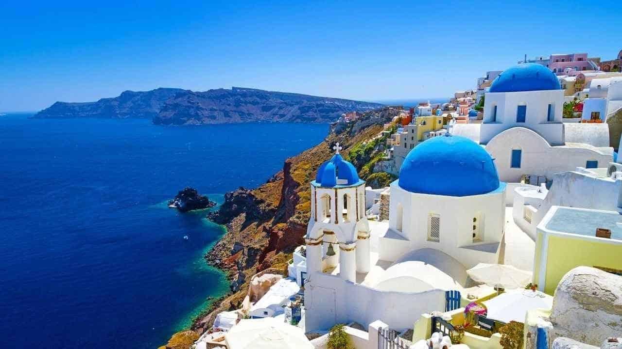 افضل 6 من فنادق سانتوريني اليونان نوصي بها 2020