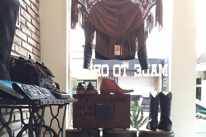 زيارة Kuta Leather and Tailor – اندونيسيا