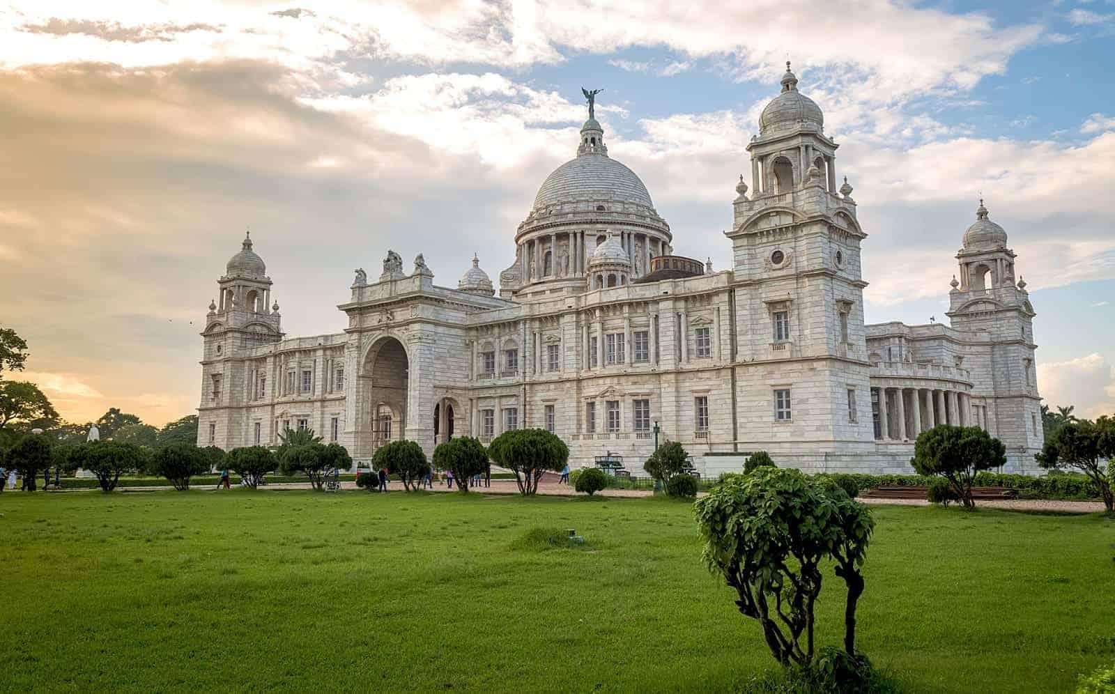 افضل 5 انشطة في كاتدرائية سانتا كروز كيرلا الهند