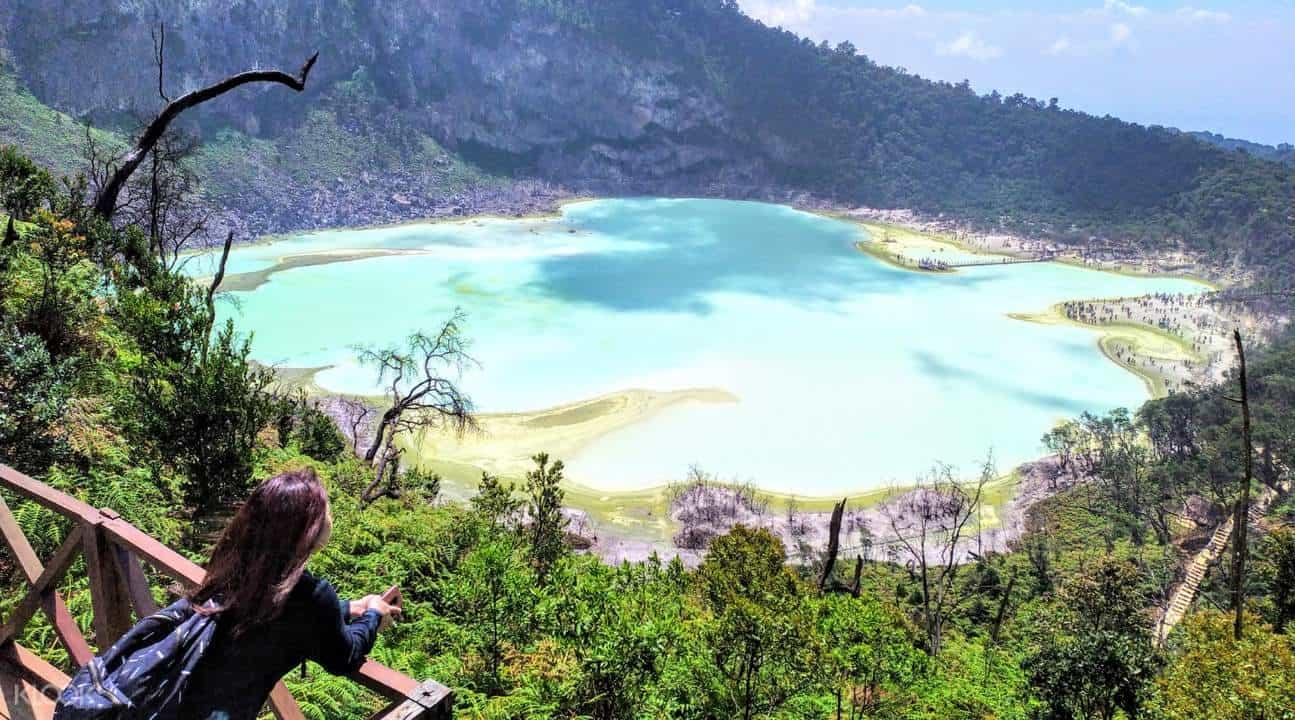 افضل 4 من مدن وجزر السياحة في اندونيسيا