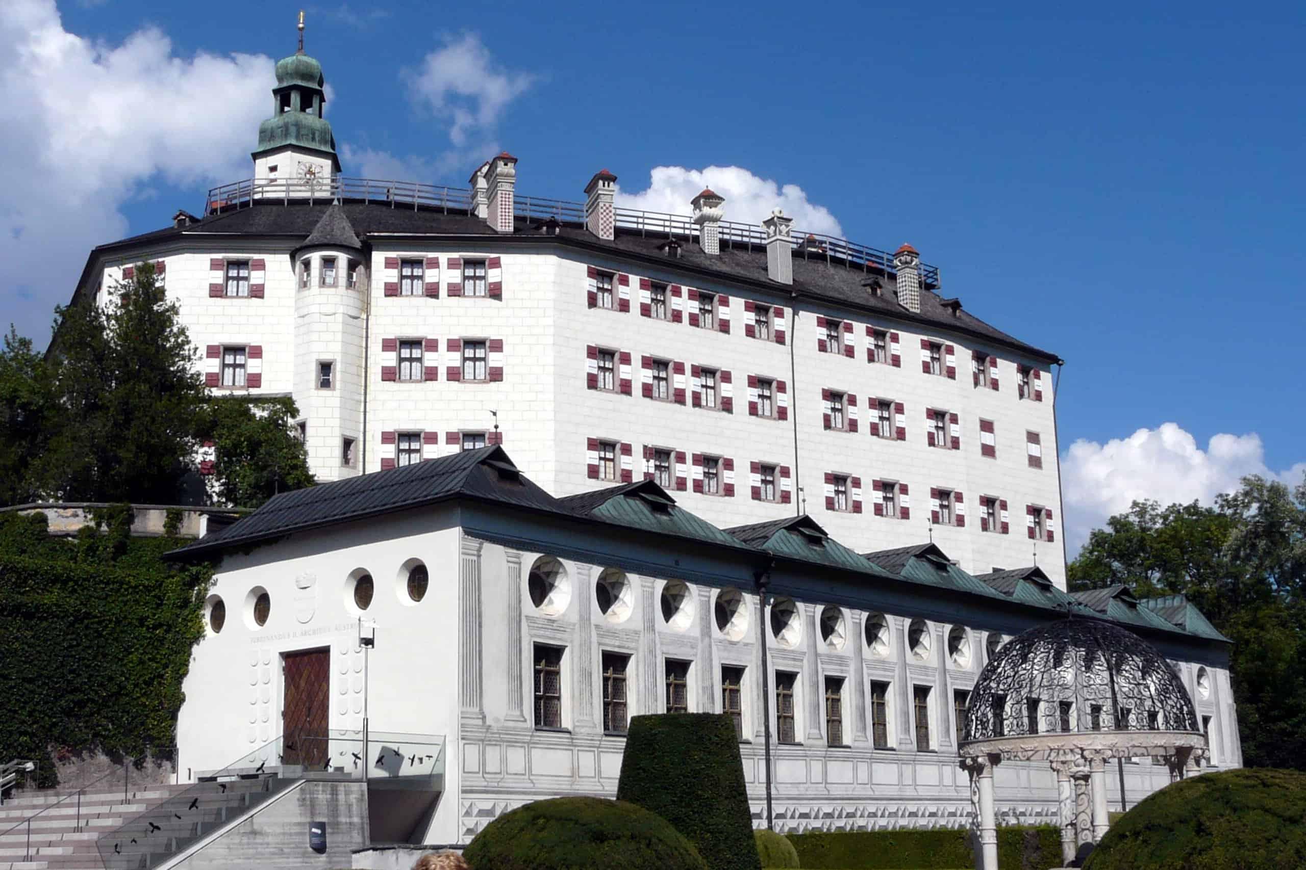 أفضل 6 أنشطة في قلعة امبراس انسبروك النمسا