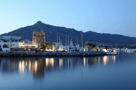 افضل 3 انشطة عند ميناء بويرتو بانوس ماربيا اسبانيا