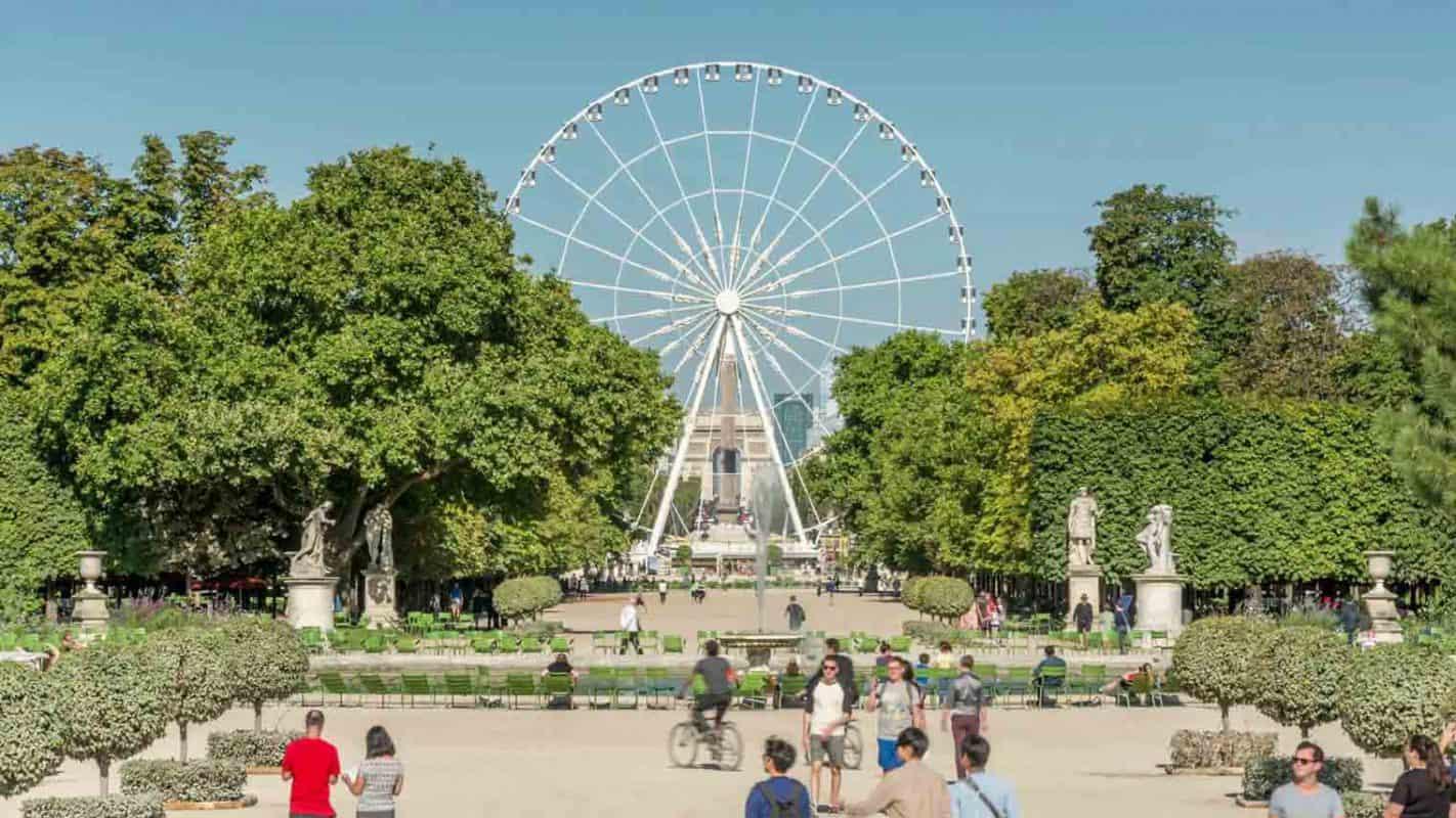 عجلة فيريسف في Tuileries Garden