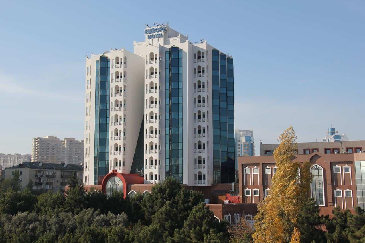 مبنى الفندق
