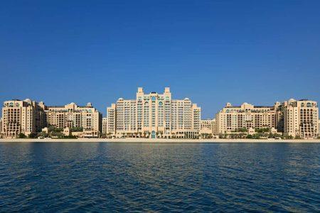 تقرير شامل عن فندق فيرمونت دبي النخله