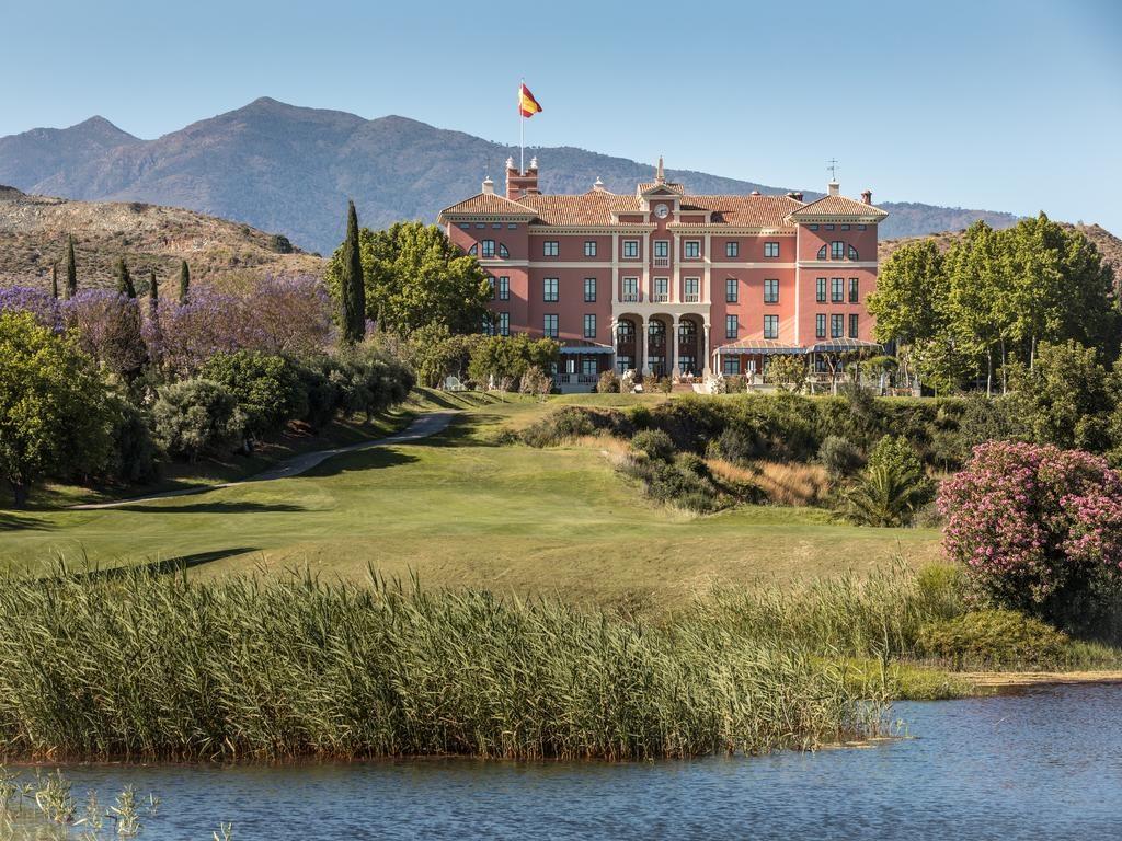 صورة لفندق فيلا بادييرنا بالاس جي إل من اجمل فنادق ماربيا اسبانيا