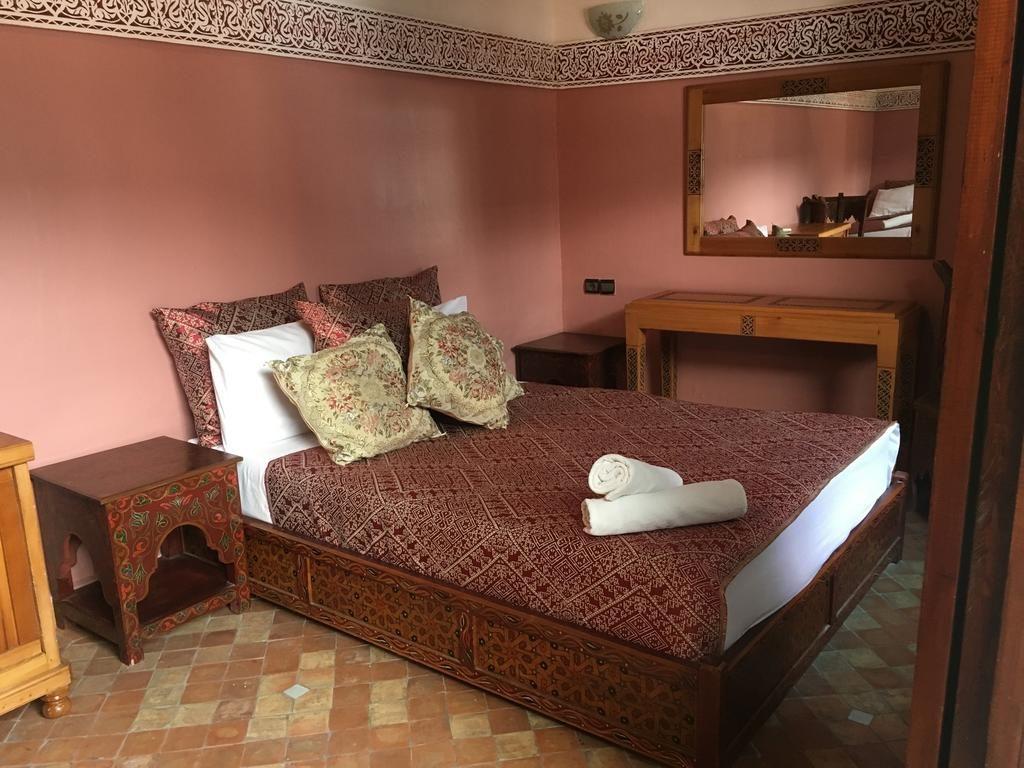 فندق رياض زهراء الإسماعيلية احد فنادق مكناس الرخيصة