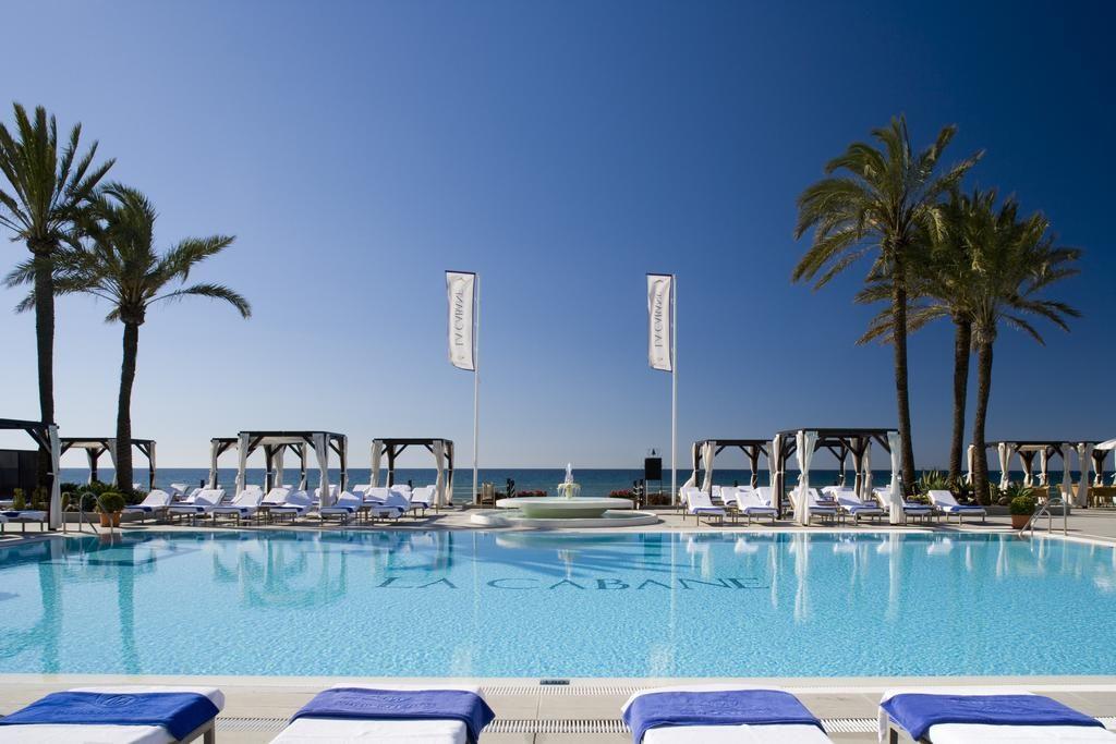 صورة توضح جمال وروعة أحد فنادق ماربيا اسبانيا