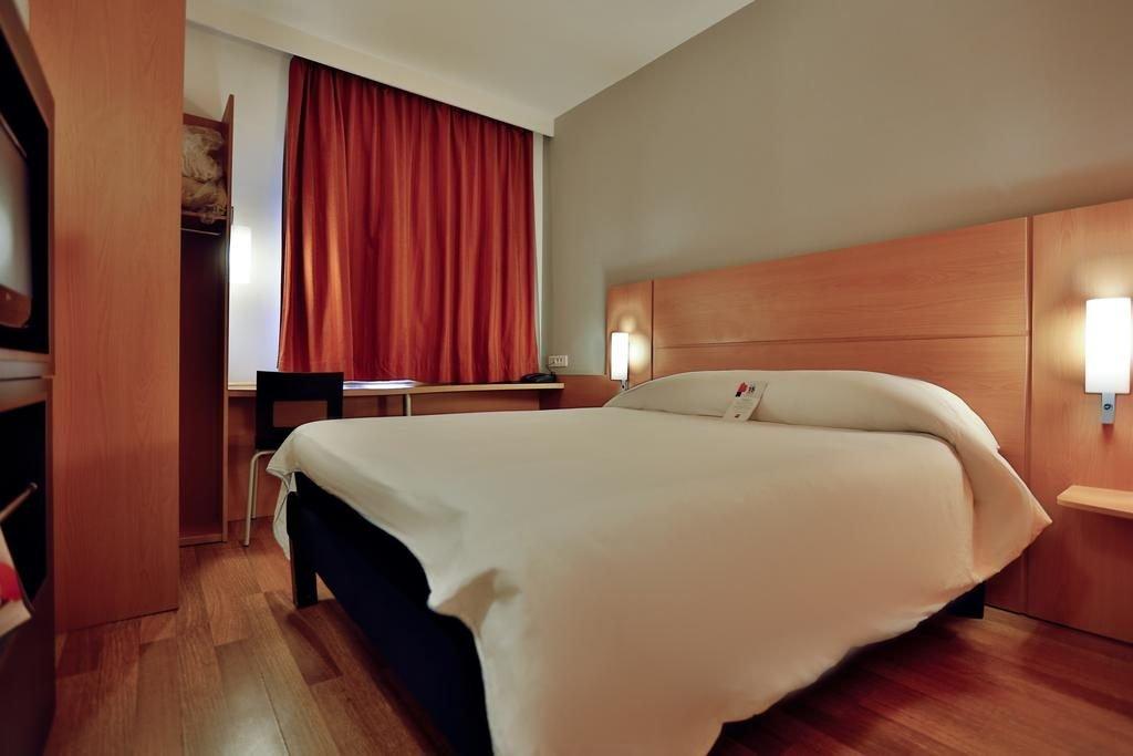 احدى غرف فندق ايبيس