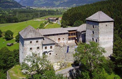 افضل 3 انشطة في قلعة روزنبورغ زيلامسي النمسا