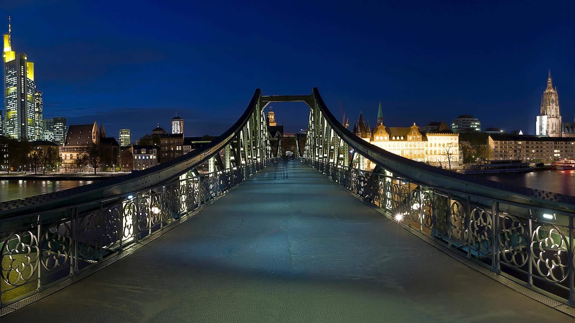 Eiserner Steg جسر العشاق المانيا
