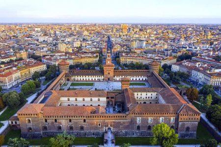افضل 4 انشطة في ساحة الدومو ميلان ايطاليا