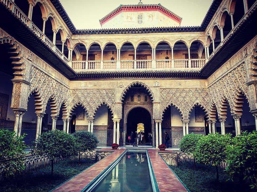 قصر المورق في اشبيليا اسبانيا