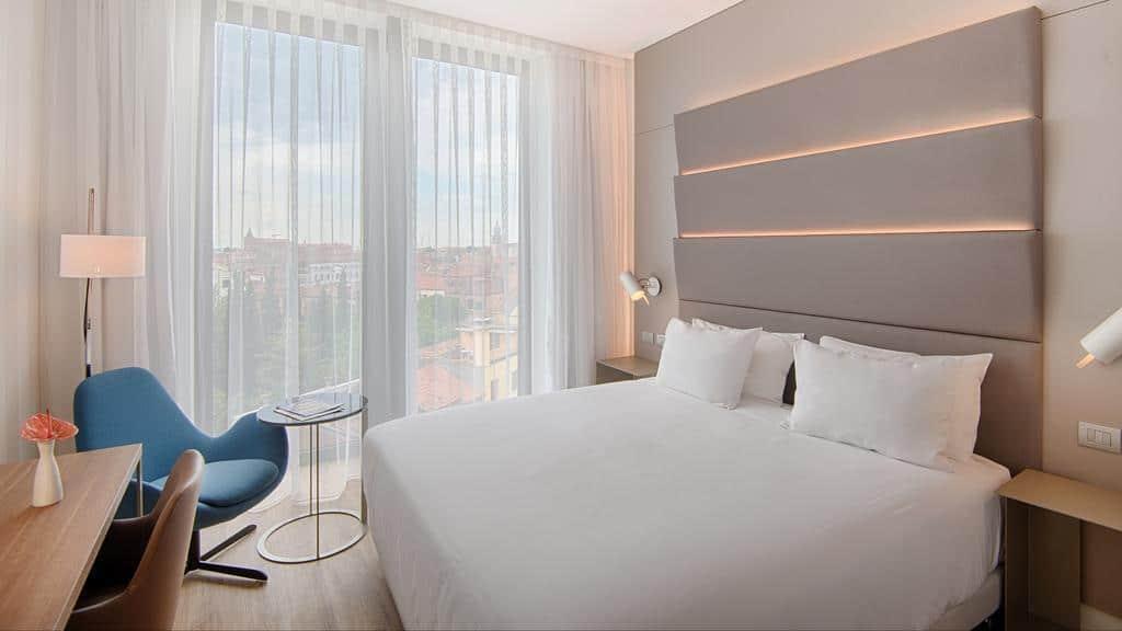 غرفة من فندق إن إتش فينيتسيا ريو نوفو