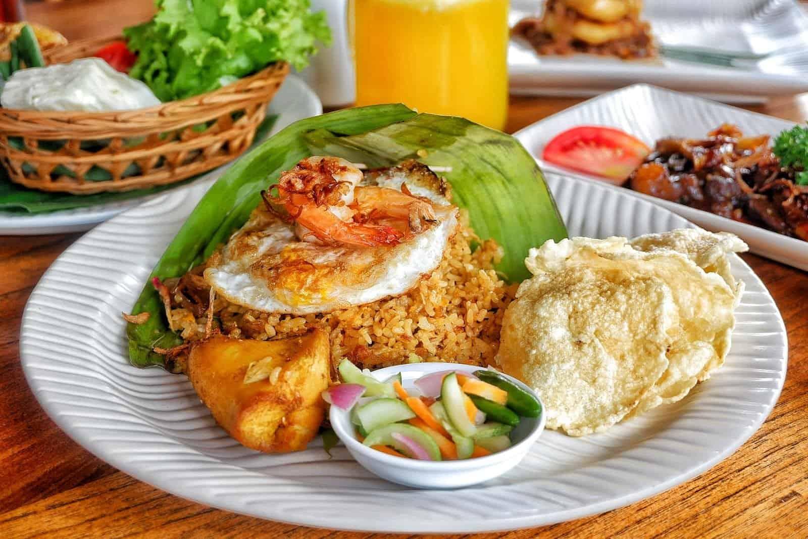 افضل 4 من مطاعم بونشاك اندونيسيا
