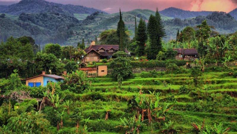 افضل 9 اماكن سياحية في بونشاك اندونيسيا