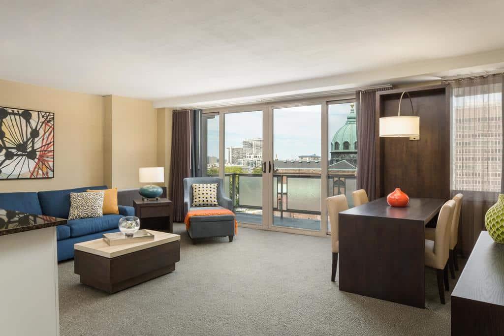 فندق ذا وندسور سويتس