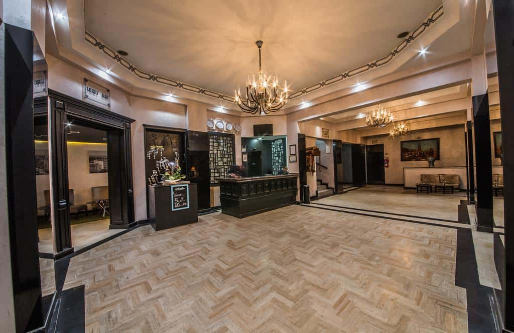 لوبي فندق باريس الدار البيضاء