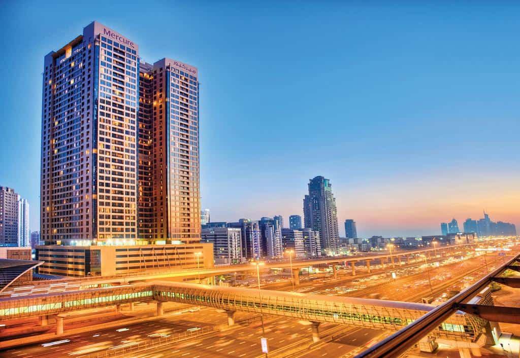 تقرير شامل عن سلسلة فندق ميركيور دبي
