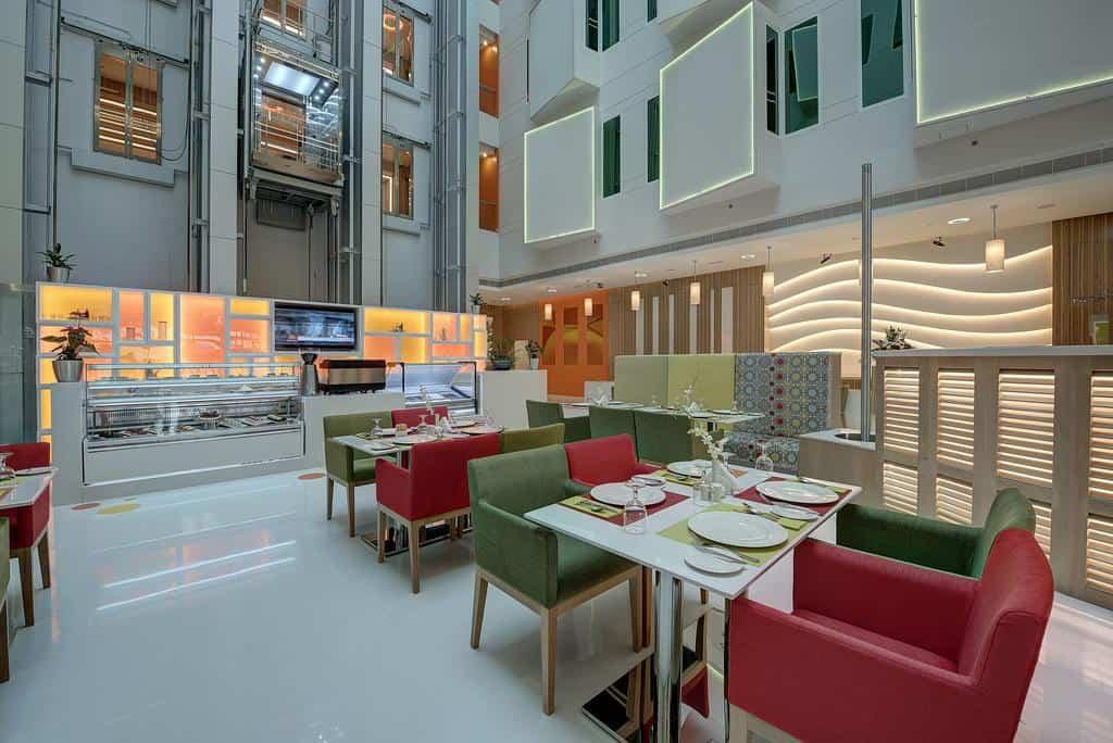 مطعم فندق الخوري اتريوم دبي