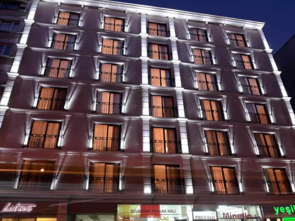 تقرير مميز عن فندق ليستانا اسطنبول