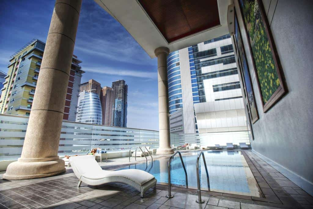 تقرير مفصل عن فندق بيبلوس دبي