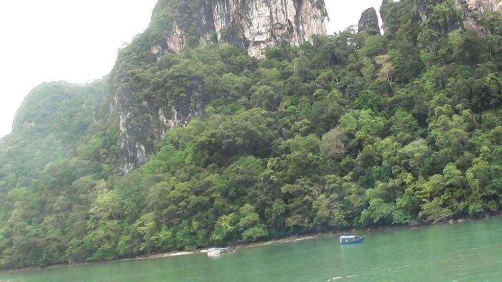 جزيرة العذراء الحامل في لنكاوي