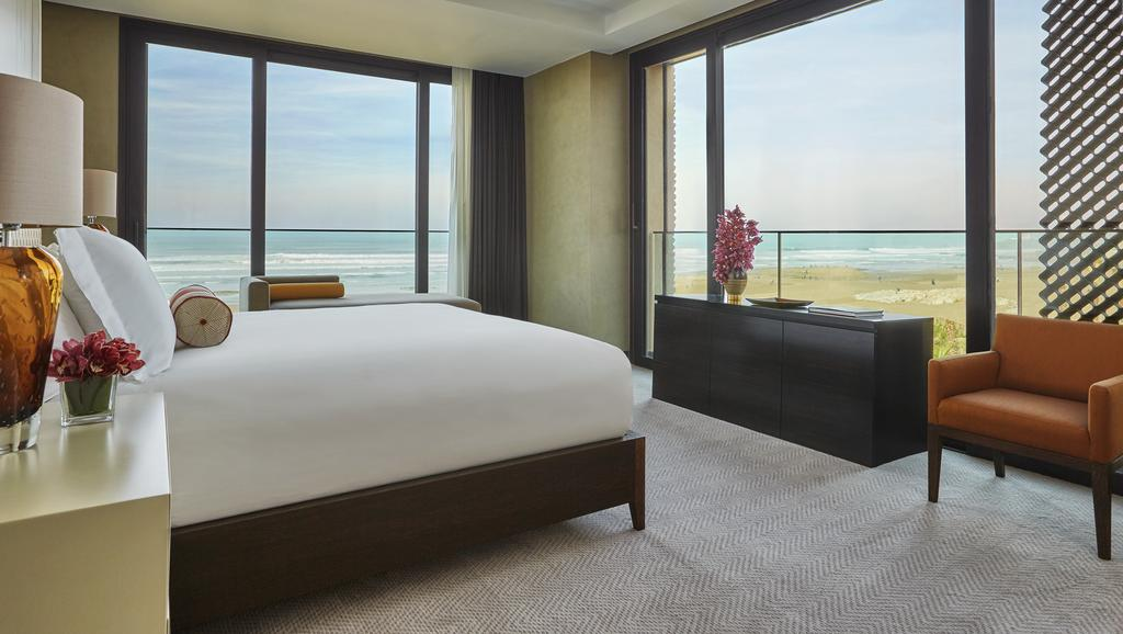 غرفة مطلة على المحيط