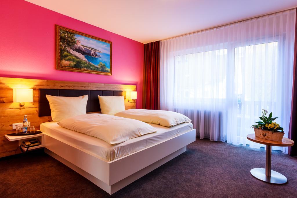 فندق شوارزفالد هوتل سون